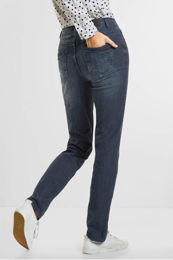 Cecil. Tight fit jeans Toronto authentic used wash