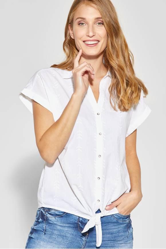 Damenmode und Accessoires im CECIL Online-Shop kaufen.