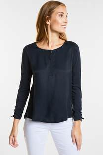 Casual blouse