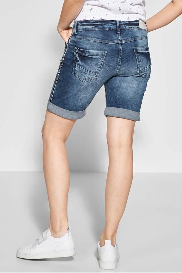 9c5d2838354ff Crash-Effekt Shorts Scarlett - mid blue used wash - CECIL Online-Shop